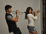 Shahid Kapoor, Genelia D'Souza and Cricketers feature in the new TVC for Colgate MaxFresh gel