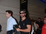 Hrithik Roshan leaves for Star Parivaar awards in Venetian Macau