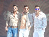 Bobby, Irfan and Sunil Shetty promoting movie Thank You at Madh Island, Mumbai