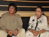 Asha Bhosle records for 'Neil Ko Pakadana' film at Andheri in Mumbai
