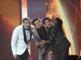 Bollywood celebs at IIFA Rocks Green Carpet