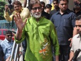 Big B meets fans at PVR at Juhu