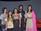 Farhan Akhtar on NDTV Chat Show Issi Ka Naam Zindagi with show host Raveena Tandon at Yashraj Studios in Mumbai