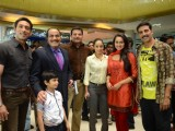 Akshay Kumar and Sonakshi Sinha promote Rowdy Rathore on CID