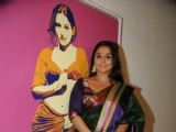 Vidya Balan at Painting Exhibiton at Colaba