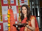 Isha koppikar's celebrates Gudi Padwa at 92.7 BIG FM