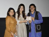 Raveena Tandon unveils Guru Farokh Bardoliwala's music album 'Ma' on Mother's Day