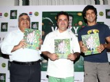 Farhan Akhtar launches chef Vicky Ratnani's book 'Vicky Goes Veg'