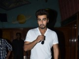 Arjun Kapoor catches audience reaction of '2 States'