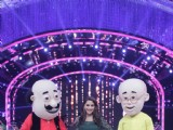 Madhuri Dixit seen having fun with Nicktoons characters-Motu Patlu on Jhalak Dikhhla Jaa