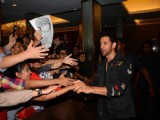 Hrithik Roshan meets his fans with team 'Kaabil'