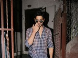 Sidharth's middle-finger picture will leave you in Splits