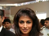 Chitrangada unveils Titan's Obaku collection at escobar, Mumbai