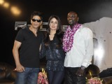 Shahrukh Khan, Akon & Kareena Kapoor pose at a press conference of their forthcoming movie RaOne