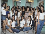 Sameera Reddy With 10 Miss India Finalists At Streax Parlour at Andheri