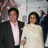 Rishi Kapoor and Neetu Kapoor at Do Dooni Chaar premiere | Do Dooni Chaar Event Photo Gallery