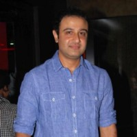 Vivek Mushran in Baat Hamari Pakki Hai celebrates its Centenary in Mumbai