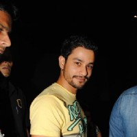 Kunal Khemu celebrate success of their film with underprivileged kids on Children's Day at FAME Cine | Golmaal 3 Event Photo Gallery