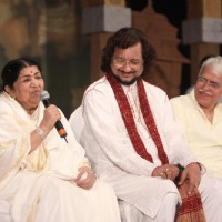 Lata Mangeshkar at National Festival Of Indian Classical Music & Dance at Ravindra Natya Mandir