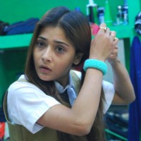 Sara getting ready in Bigg Boss 4 house