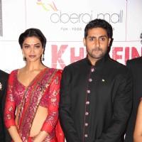 Abhishek Bachchan and Deepika Padukone at Premier Of Film Khelein Hum Jee Jaan Sey | Khelein Hum Jee Jaan Sey Event Photo Gallery