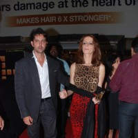 Bollywood actor Hrithik Roshan with his wife Suzzane Khan at the premiere of | Khelein Hum Jee Jaan Sey Event Photo Gallery