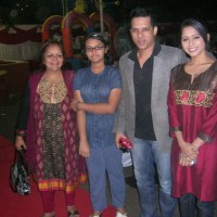 Swapna Joshi with daughter, Yash Patnaik and Yashashri Masurkar