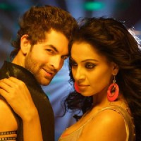 Neil with Bipasha in Aa Dekhen Zara