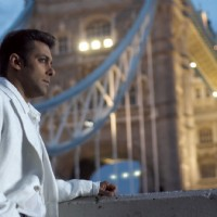 Salman Khan looking tensed | Salaam-e-ishq Photo Gallery