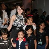Minissha Lamba supporting the cause of 'Save Our Tigers'