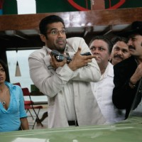 Mukesh,Sameera,Manoj starring Sunil Shetty