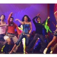 Priyanka Chopra rock the floor
