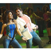 Sohail and Priyanka are dancing