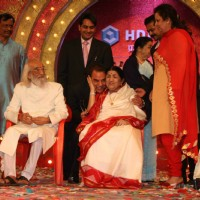 Dharmendra and Lata at Mi Marathi Awards at Andheri Sports Complex. .