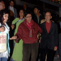Dev Anand at Hum Dono Premiere in Cinemax. .