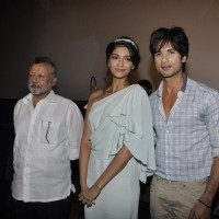 Shahid and Sonam Kapoor unveil the first look of Pankaj Kapur's film Mausam | Mausam Event Photo Gallery