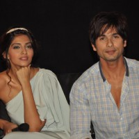 Shahid and Sonam unveil the first look of Pankaj Kapur's film Mausam | Mausam Event Photo Gallery
