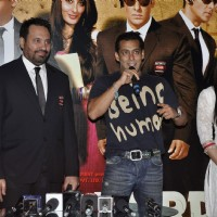 Salman Khan and Kareena at the first look of movie Bodyguard | Bodyguard Event Photo Gallery