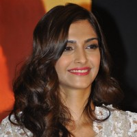 Sonam Kapoor at Music success party of film 'Mausam' at Hotel JW Marriott in Juhu, Mumbai | Mausam Event Photo Gallery