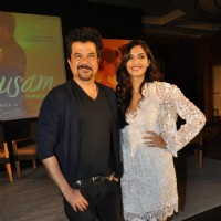 Anil and Sonam Kapoor at Music success party of film 'Mausam' at Hotel JW Marriott in Juhu, Mumbai | Mausam Event Photo Gallery