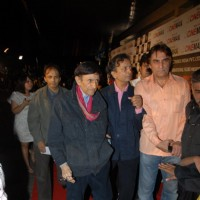 Dev Anand at Premiere of film 'Chargesheet' in Cinemax