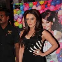 Minissha Lamba at Premiere of film 'Hum Tum Shabana' in Cinemax
