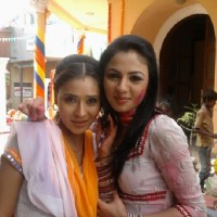 Sweety with Mona in Ram Milaayi Jodi