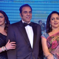 Dharmendra and Hema Malini with Esha Deol at Music launch of film 'Tell Me O Kkhuda' in Mumbai | Tell Me O Kkhuda Event Photo Gallery