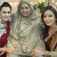 Tarana and Kajal celebrating Karva Chauth on BALH