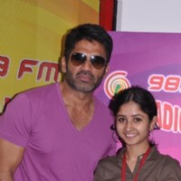 Sana Amin Sheikh with Suniel Shetty