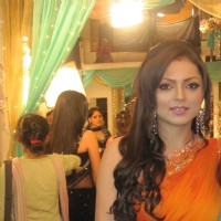 Drashti Dhami as Geet