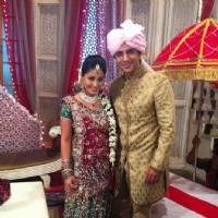 Hina Khan and Ali Merchant on the sets of Ye Rishta Kya Kehlata Hai