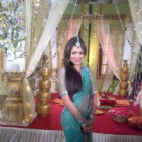 Drashti Dhami on Geet sets