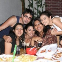 Drashti Dhami with Dill Mill Gayye cast